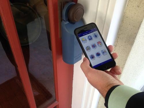 using electronic lockboxes